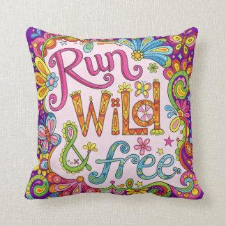 """""""Run wild & free"""" Pillow - Positive Art"""