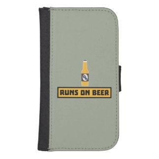 Runs on Beer Zmk10 Samsung S4 Wallet Case