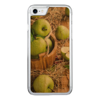 Rustic Green Apples Fruit Basket Country Style Carved iPhone 8/7 Case