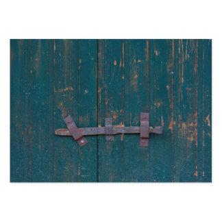 Rusty Door Latch On Green Door Pack Of Chubby Business Cards