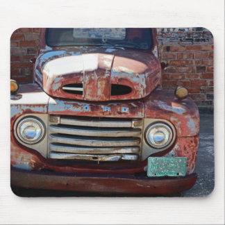 Rusty Old Truck Mouse Pad