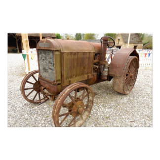 Rusty vintage tractor stationery