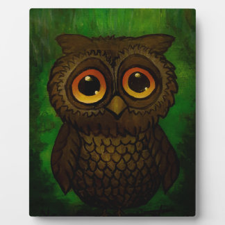 Sad owl eyes plaque