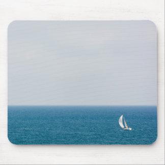 Sailing alone II Mouse Pad