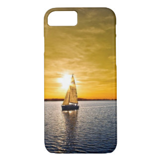 SAILING INTO THE SUNSET iPhone 7 CASE