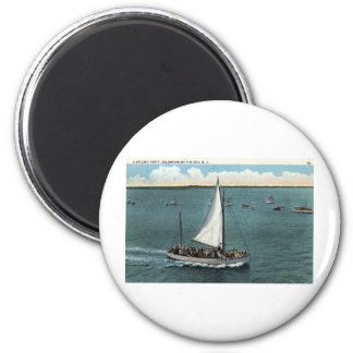 Sailing Party Wildwood by the Sea NJ Vintage 1934 6 Cm Round Magnet