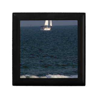 sailing with friends.JPG Small Square Gift Box