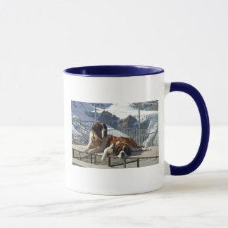 Saint-Bernard posing Mug