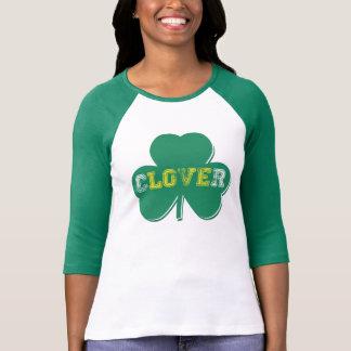 Saint Patrick's Day Love Clover Vintage T-Shirt