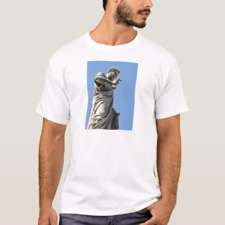 Saint Peter statue in Rome, Italy T-Shirt