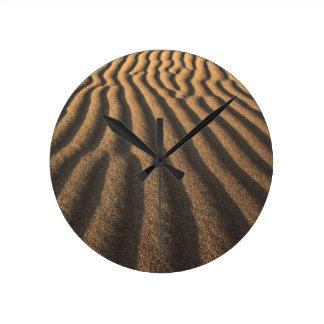 sand round clock