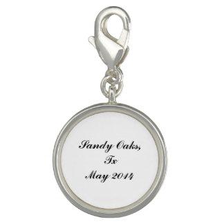 Sandy Oaks medallion