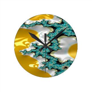 sapphire buttress fractal round clock