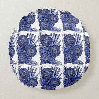 Sapphire Gerbera Daisy Flower Bouquet Round Cushion