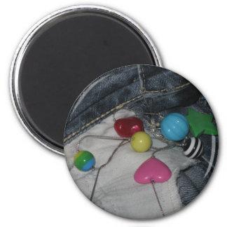 sassy 6 cm round magnet