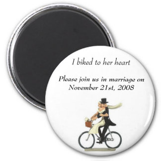 save the date 2, I biked to her heart , Please ... 6 Cm Round Magnet