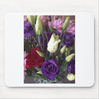 Say Love you with Flowers Mouse Pad