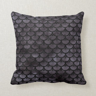 SCALES3 BLACK MARBLE & BLACK WATERCOLOR (R) CUSHION