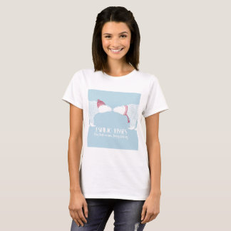 Scandinavian Bears Eskimo Kiss Snow Winter Warm T-Shirt