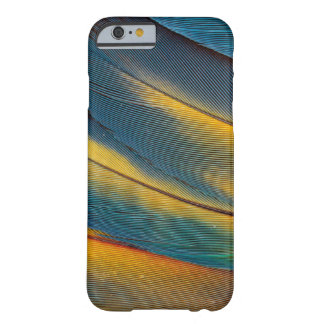Scarlet Macaw feather close up Barely There iPhone 6 Case