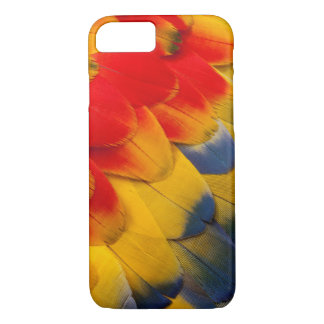 Scarlet Macaw feathers close-up iPhone 7 Case