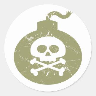 Scary bomb classic round sticker