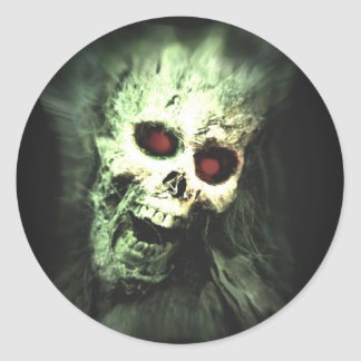Scary screaming skull classic round sticker
