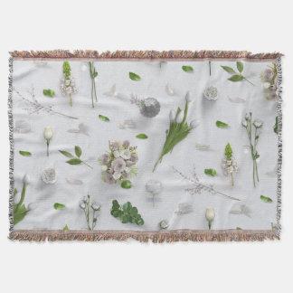 Scattered Flowers White Throw Blanket