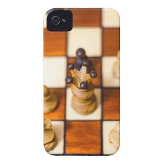 Schachbrett mit Dame im Vordergrund Case-Mate iPhone 4 Cases
