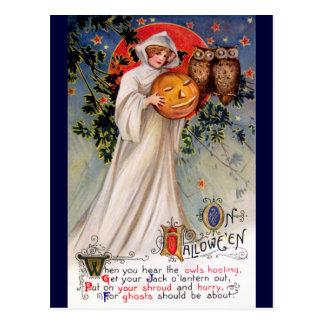 Schmucker: On Halloween Postcard