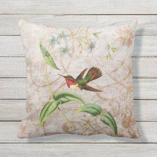 Scintillant Hummingbird Vintage Grunge Outdoor Cushion