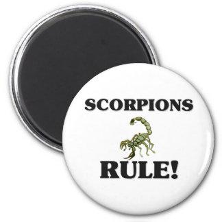 SCORPIONS Rule! 6 Cm Round Magnet
