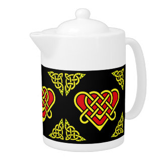Scotalnd Celtic/Gaidhlig braided heart, black