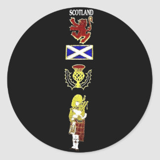 Scottish Lion, Thistle, Flag and Piper in Tartan Classic Round Sticker