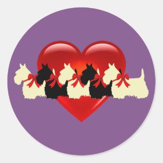 Scottish Terrier black/white silhouette heart /bow Classic Round Sticker
