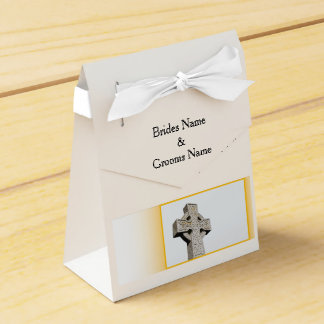 Scottish-Wedding-Celtic-Cross Favour Box