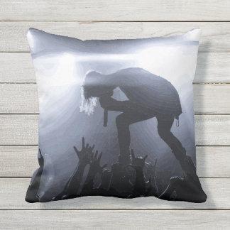 Scream it out! cushion
