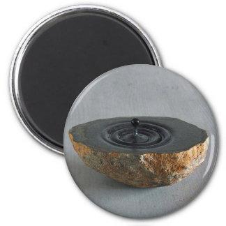 Sculptures  design 6 cm round magnet