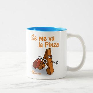 Se me va la Pinza Two-Tone Mug