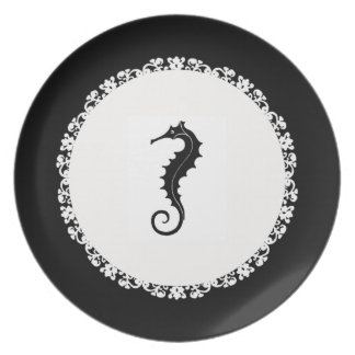 Sea-Horse-Statement's-Lace-Black-Everyday Plate