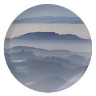 Sea of Foggy Mountains Plate