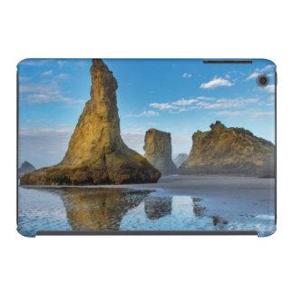 Sea Stacks on Bandon Beach in Bandon, Oregon 3 iPad Mini Retina Cases