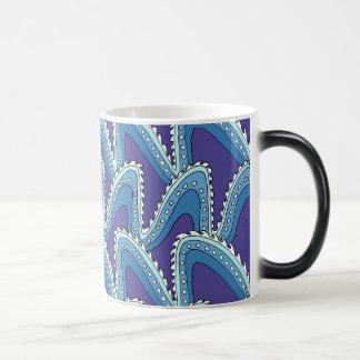 Sea Waves Magic Mug
