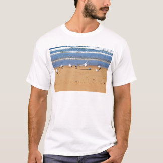 SEAGULLS ON BEACH QUEENSLAND AUSTRALIA T-Shirt