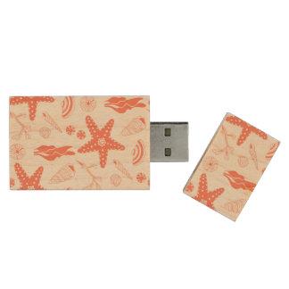 Seamless pattern with sea shells wood USB 2.0 flash drive
