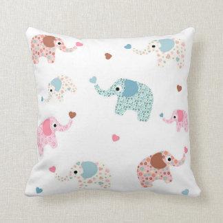 Seamless retro elephant kids pattern wallpaper cushion