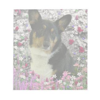 Sebastian the Welsh Corgi in Flowers Memo Pads