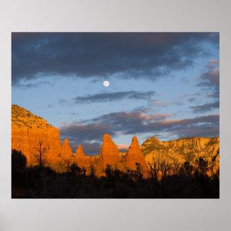 Sedona Moon Glow 2226 Poster