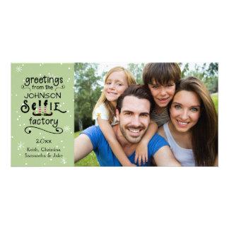 sELFie Greetings, Snow on Green Card
