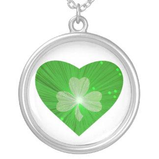 Shamrock Heart necklace white